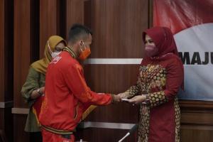 Atlet Klaten Peraih Medali PON Terima Bonus dari Pemkab