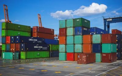 Defisit, Neraca Perdagangan Jateng Selama April