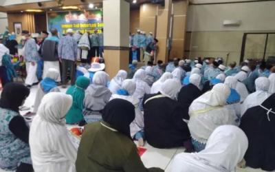 Sudah 8 Ribu Lebih Jemaah Haji Debarkasi Surakarta yang Pulang