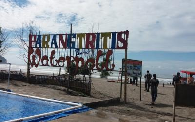 Gratis Masuk Pantai Parangtritis saat Libur Nataru