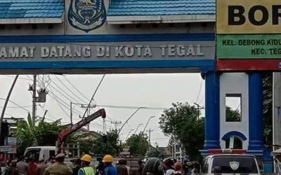 DPR Ingatkan Wali Kota Tegal Jangan Bertentangan Dengan Pemerintah Pusat
