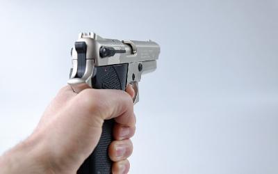 Keputusan polisi tembak mati terduga teroris di Mabes Polri dinilai sudah tepat