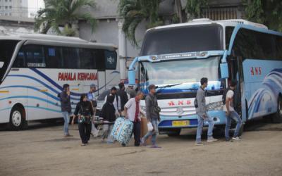 Ngotot Mudik, tsunami Covid-19 mengancam Indonesia