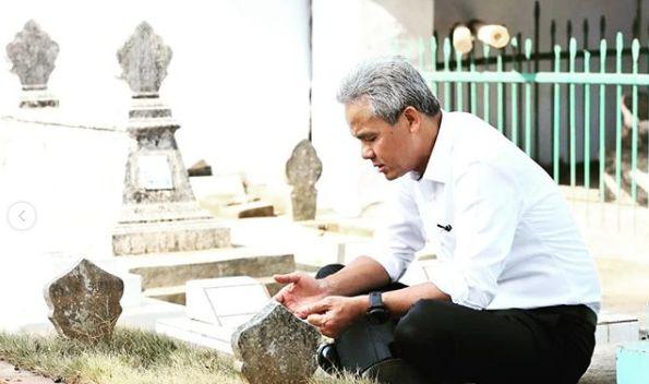 Wafatnya Ani Yudhoyono Kejutkan Ganjar