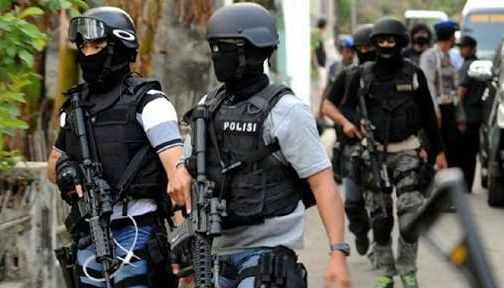Densus Tangkap Terduga Teroris Wanita di Karanganyar
